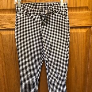 Sz 0 OLD NAVY CHECKERED PIXIE PANT